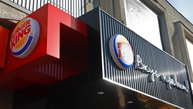 Burger King станет владельцем сети закусочных Tim Hortons